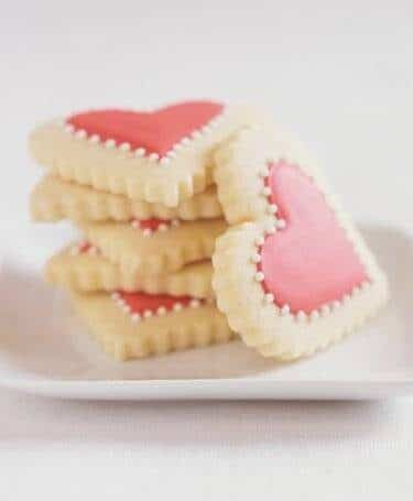 heart-shaped-cookies-3189993